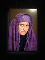 La même jeune fille en 2002 retrouvée par McCurry