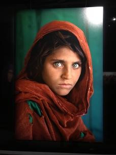 La photo la plus célèbre de McCurry réalisée en 1982